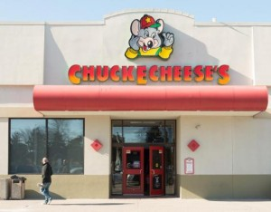Kentucky-man-attempts-to-rob-Chuck-E-Cheese-during-job-interview