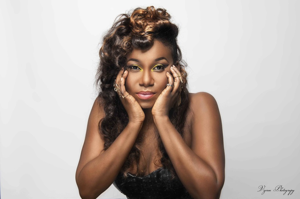 Singer Niniola Twerk To Show Dancing Skill (Video)