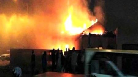 BoomNews: Delta Monarch`s Palace Gutted By Fire