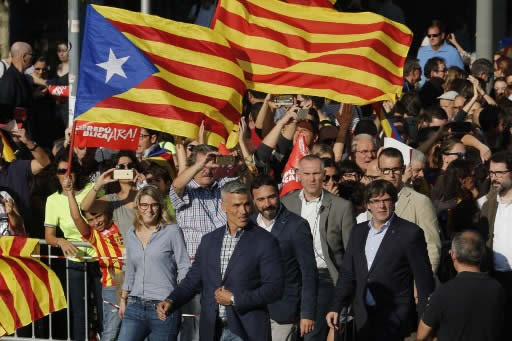 450,000 persons protest the refusal of Catalonia regional government