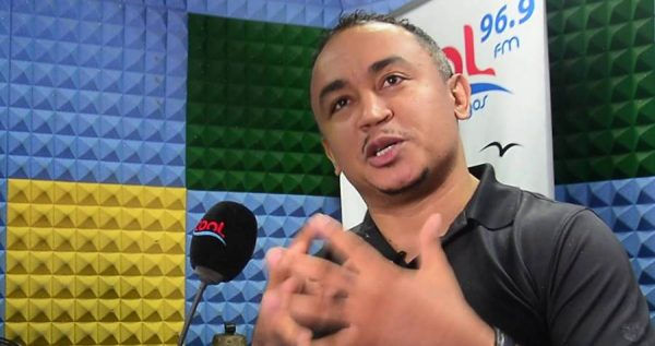 Tithe: Daddy Freeze blasts Apostle Suleman, reminds him of failed prophecy