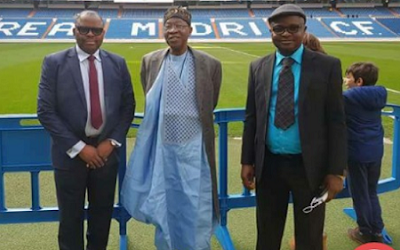 This Lai Mohammed's 'Blazer on Agbada' outfit during an international visit has got Nigerians talking (Photos)