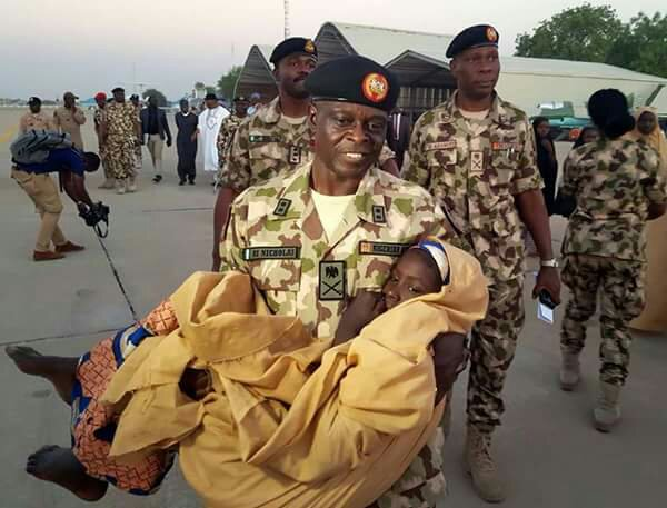 Emotional Moment Army Commander Carries 1 Of The Released Dapchi Girls | PHOTO