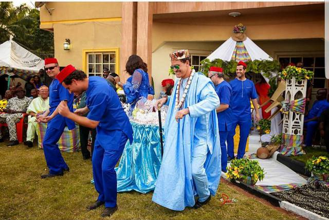 White Man Ties The Knot With His Igbo Wife, Rock Traditional Outfit!!!