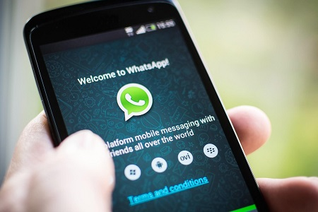 WhatsApp threatens to sue anyone who sends broadcast messages via its platform