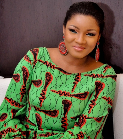 """""""No wonder people mind their business"""" Omotola says after being 'insulted' for criticising Buhari"""