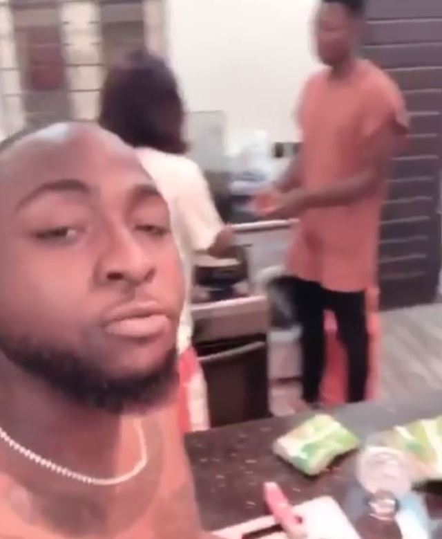 davido praises girlfriend chioma after she cooked for him and his team - Davido Praises Girlfriend, Chioma After She Cooked For Him And His Group