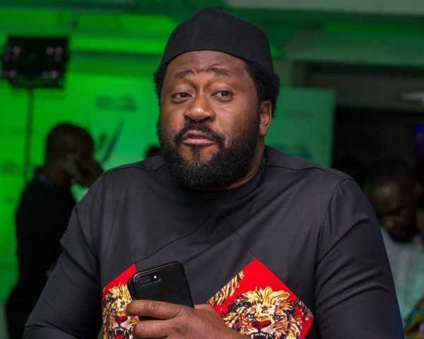 DESMOND ELLIOT CALLS FRO THE BAN OF NIGERIAN MOVIES AS NIGERIANS ATTACK HIM ON TWITTER