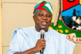 Ambode Reacts As EFCC Raids Residence, Says 'No Cause For Alarm'