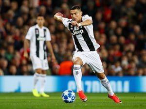 cristiano ronaldo 1 300x225 - Breaking!!! Cristiano Ronaldo Receives Best Player Award(Photos)