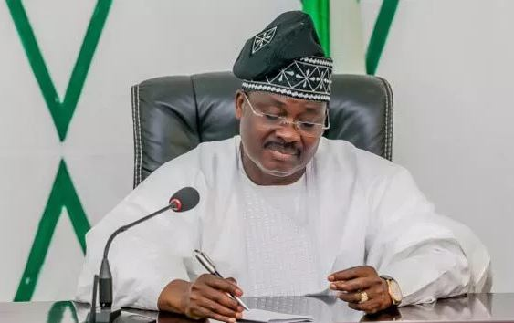 Mixed Reactions Trail Oyo State Governor, Ajimobi, Statement That He Is Leaving Oyo State Better Than He Met It