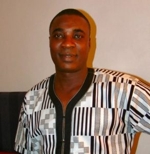 lead singer in fuji legend kwam 1s band is dead 293x300 - Wasiu Ayinde Marshal To Be Installed As 'Mayegun Of Yorubaland'