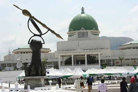 Breaking!!! Shi'ites break into National Assembly as plenary was ongoing