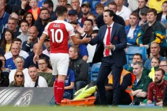 Arsenal Coach, Unai Emery, Tells Two Senior Players To Leave Club Before Close Of Transfer