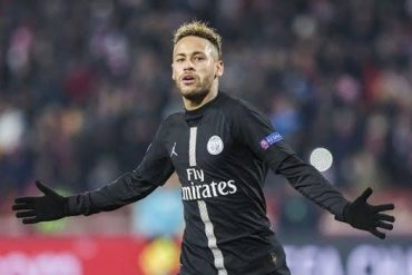 Neymar Finally Reports Back To PSG, Pictured In Gym