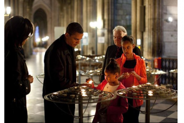 Notre Dame: Barack Obama systematizes with the people of France