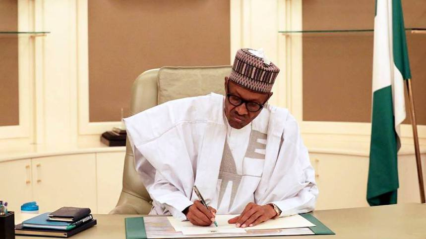 Breaking! Buhari declares 9th Assembly open