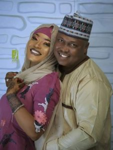 A chieftain of the Peoples Democratic Party (PDP), Hon. Alhaji Kabiru Muhammadu Garkuwa, tied the 'knots' to his two beautiful wives the same day in Plateau state.   The politician got married to two women named Maryam Umar Muhammad and Jamila Musa Ibrahim on Saturday, April 6th in Jos, the capital city of Plateau.   Daylight Reporters had a chat with him and his two wives and they all gave answers to questions people have been asking on how the unique marriage came about..   Garkuwa has been separated from his first wife who had him a child for over a year now. All efforts to reconcile both of them proved abortive until he met Maryam and began another relationship.   The relationship grew and he wanted to Maryam to become his wife. But after some months, he also met Jamila and they began another courtship which also became a hearty love. Again, Garkuwa wanted to marry Jamila. That was where the technicality of how he should go about it began.   He said Jamila presented the least of the problem because he told her outright that he had a relationship going with Maryam. Jamila accepted. But how to tell Maryam he was having another affair and would also want to make her his wife became a challenge. He told Daylight Reporters that he beat about the bush for a while, until he summoned courage and hit the nail on the head.   According to him, Maryam didn't respond favourably initially but he had to persuade her with different tricks, began spending more time with her and increased the gift items he do buy for her. Above all, he told her that if she truly loved him, his happiness should be her concern, and if marrying her (Maryam) with Jamila would make him happy, then she ought to support it. That did the trick! But what he did not tell both of them initially was that he was planning to wed them on the same day.