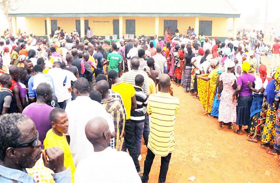 Voters on queue