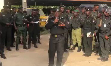 Video: Head Police CRU, Yomi Shogunle, Talks Tough With Men Advises Public To Stop Speaking Queens English With Police To Avoid Melee