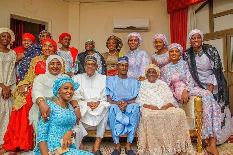 1 IMG 20190531 222341 - President Buhari pictured with his beautiful family (Photos)
