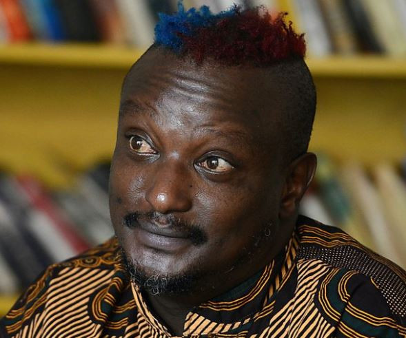 Gay Kenyan author and LGBT activist Binyavanga Wainaina is dead