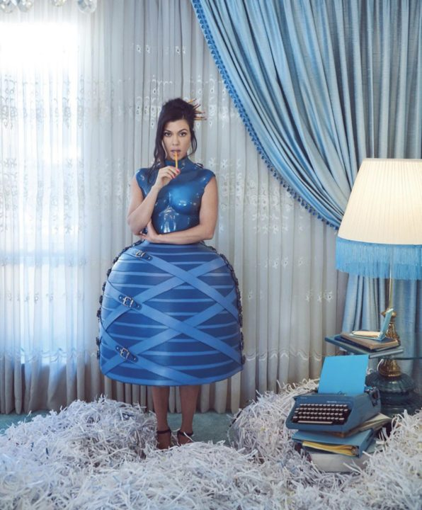 A97F6130 DF1D 44E4 BC52 7666A4E3D341 1 - [Photos]: Kourtney Kardashian stuns for Paper Magazine