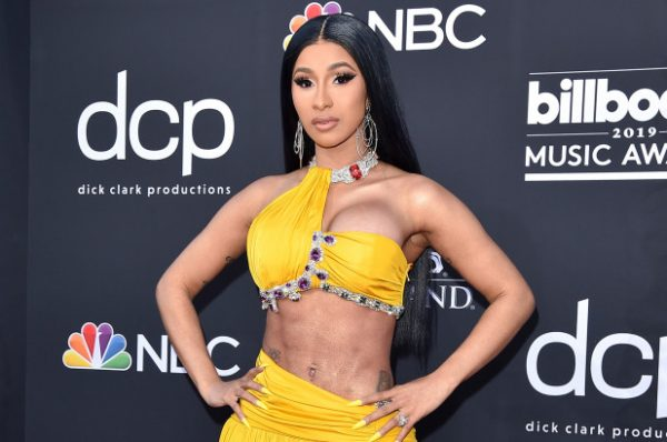 Cardi b begs for her wig back after she threw it to the crowd