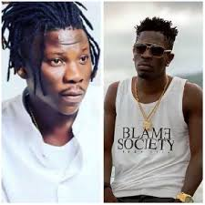 [Video]: Stonebwoy Pulls A Gun At Shatta Wale At The VGMA Award 2019