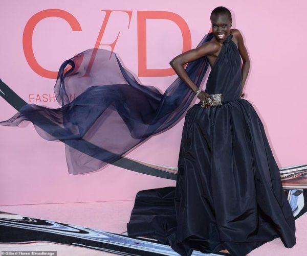 15737E69 B28E 401D A7B2 A38082272D96 - 2019 CFDA Fashion Awards: JLo, Ciara, others storm event