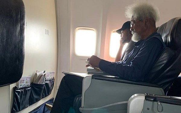 2 4 600x375 - Nobel laureate, Prof. Wole Soyinka Breaks Silence Over Airplane Seat Saga