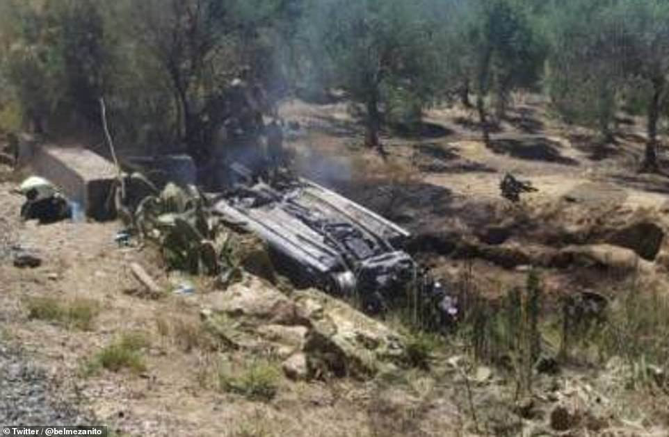 5cf397b42ecb1 - [Photos]: Images from the crash site Jose Antonio Reyes died surfaces online