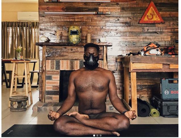 [Photos]: Nigerian photographer Obi Somto does Yoga completely naked