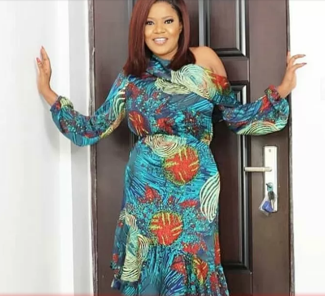 [Photo]: Toyin Aimakhu is heavily pregnant and already married