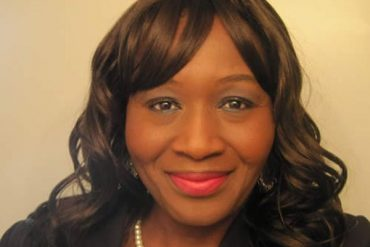 CNN Reporter Ridicules Kemi Olunloyo On Twitter