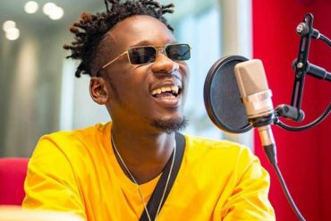 [VIDEO]: Singer, Mr Eazi Reveals How Much He Charges For A Collaboration