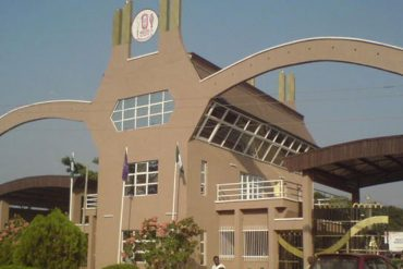 [TRAGIC]: 300-Level UNIBEN Student Commits Suicide