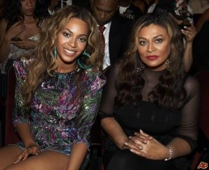 beyonce knowles tina knowles 2009 6 28 22 51 18 300x245 - Beyonce's Mom Flaunts Her Daughter's Long Natural Hair