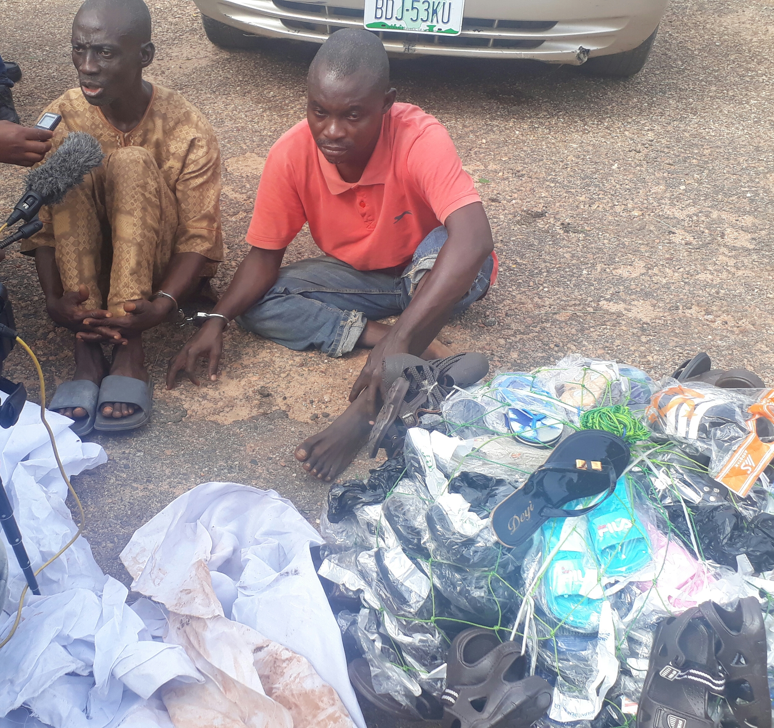 oyostate - Suspects Narrate How They hynopized A Sales Girl And Collected N1.4 Million Naira From Her