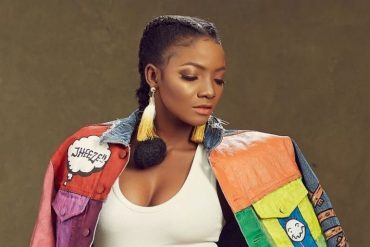 """Is Simi Pregnant?"" – Check out the picture she posted on Instagram"