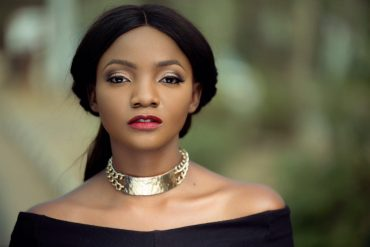 Simi Replies Ghanaian Lady Who Advised Women To Give Good Food And S*x To Husbands Caught Cheating