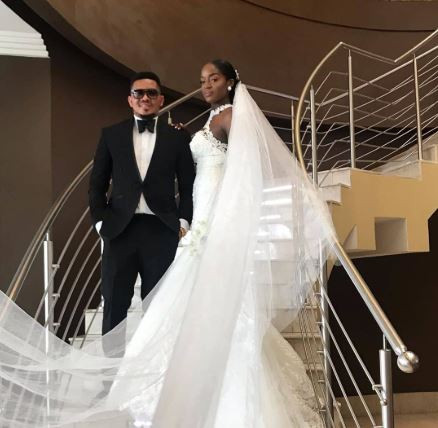 5d218f4a33d25 - [Photos]: Smash Of Bracket Ties Knot With Long Time Girlfriend, Massy