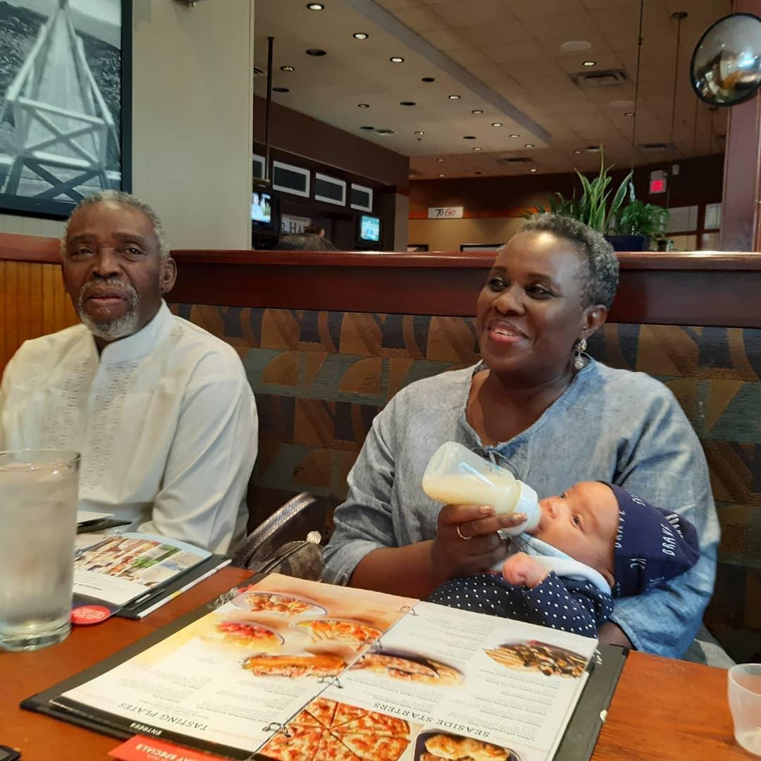 Olu Jacobs, Joke SIlva and their grandadaughter