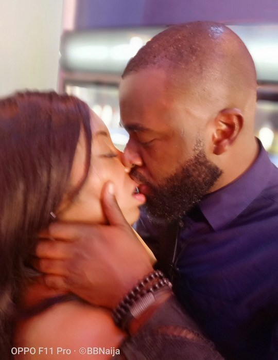 [Photos]: Close Up Photos Of Gedoni And Khafi Kissing Passionately
