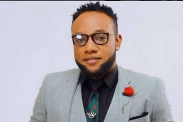 'Stay Happy And Hardworking' — Kcee Flaunts Straps Of Foreign Currencies (Photo)