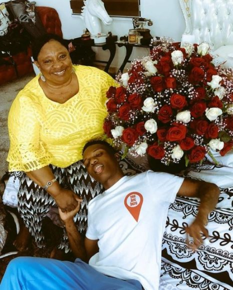 Wizkid and his mother