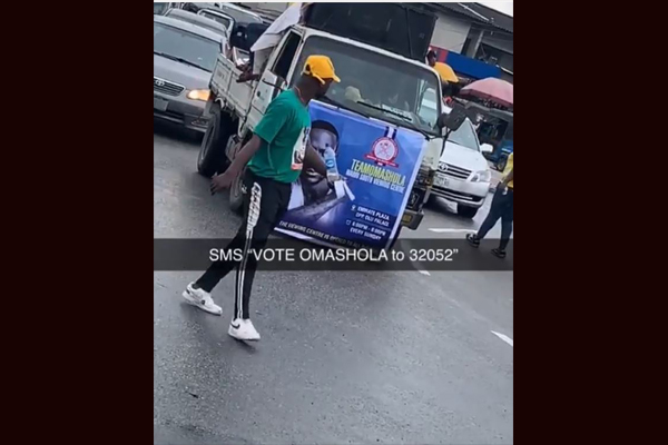 10041169 omatshola1 jpeg65e9707a7475dbff16cf60027ad1623c - BBNaija2019: Omashola Fans Take Campaign To The Street (Video)