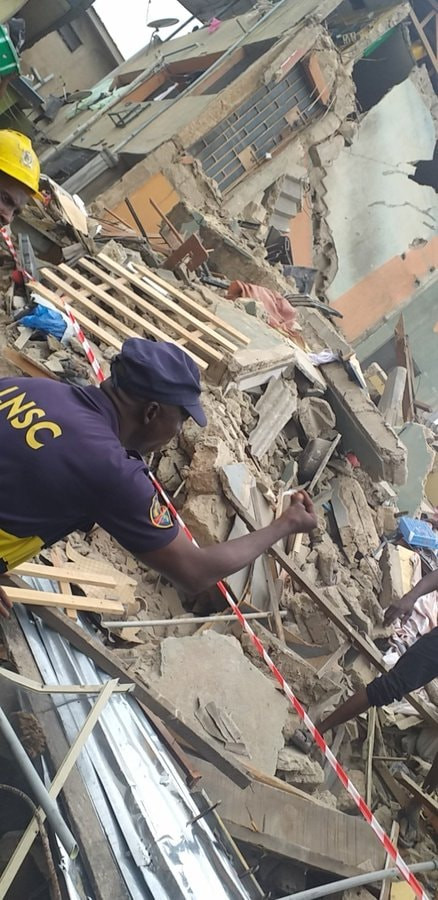5d42ae4dbb9c9 - [Pictures] Another Building Collapses In Lagos