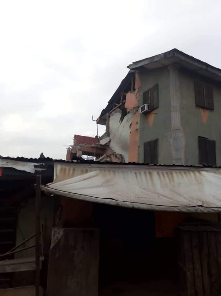 5d42aea59984f - [Pictures] Another Building Collapses In Lagos