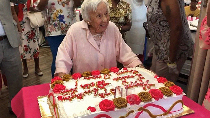 """""""I Never Got Married"""" - 107-Year-Old Woman Shares Her Secret"""